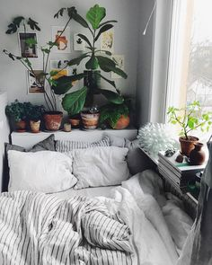 These 21 Plant Filled Homes Are Unbe Leaf Able Bedrooms