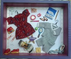 """Simona"". Caja/Arte. Collage. Caja de Madera conteniendo objetos de materiales variados."