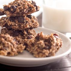 Bananas and applesauce replace butter, added sugar, flour, and eggs in these Healthy Oatmeal Cookies.They are delicious and guilt-free! Fudge Recipes, Ww Recipes, Cookie Recipes, Dessert Recipes, Family Recipes, Apple Recipes, Copycat Recipes, Gluten Free Desserts, Amigurumi