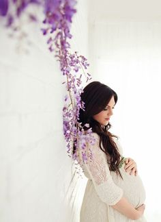 http://www.tracylayneportraits.com/ Morgan's Baby Bump {Maternity Session} | Sweet Little Peanut