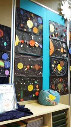 Rocket craft for kids this simple kids craft is a fun activity when learnin Space Crafts For Kids, Space Preschool, Space Activities, Toddler Activities, Projects For Kids, Art For Kids, Art Projects, Space Theme Classroom, Solar System Projects