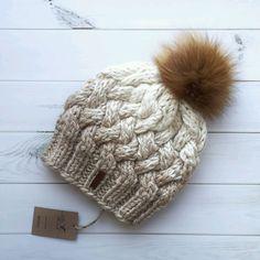 Купить Шапка женская - вязаные изделия, шапочка, шапка женская, шапка на заказ, вязаная шапка