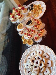 Linzer cookies and tartlets