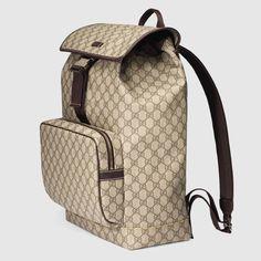 e7cb68a594 Shop the GG Supreme backpack by Gucci. null Zaino In Spalla, Bape, Moda