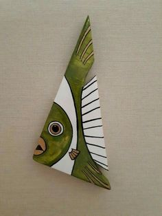 32 Awesome Fish Wall Decoration – House The Design Fish Wall Decor, Fish Wall Art, Fish Art, Driftwood Projects, Driftwood Art, Wooden Art, Wooden Crafts, Wood Fish, Fish Crafts