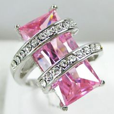 Pink sapphire and diamond ring. by Gloria Garcia Jewelry 2014, Pink Jewelry, I Love Jewelry, Luxury Jewelry, Jewelry Accessories, Fashion Accessories, Fashion Jewelry, Women Jewelry, Jewlery