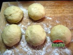 Impartire aluat prajitura dobos Hamburger, Caramel, Bread, Food, Salt Water Taffy, Toffee, Essen, Hamburgers, Breads