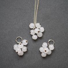 White berries pendant and earrings Glass. Winter от LikeAGlassShop