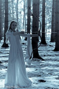 This scene needs to be light painted! Who didn't live a glowing elf hunting? Story Inspiration, Character Inspiration, Medieval, Snow Queen, Light Painting, Fantasy World, Fantasy Characters, Pagan, Fairy Tales