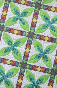 Paradise - Modern Traditional Pieced and Applique PDF Quilt Pattern Patchwork Quilt Patterns, Beginner Quilt Patterns, Quilting For Beginners, Quilting Tutorials, Applique Quilts, Quilting Projects, Quilting Designs, Quilting Ideas, Quilting Patterns
