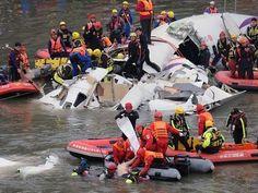TransAsia GE235: Taiwan plane crash engines 'lost power'