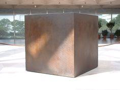 "Tony Smith, 1952, steel, ""Die"""