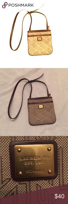 Ralph Lauren Crossbody Bag Beautifully made RL bag. Large enough to fit the essentials. Used this once and it is in excellent condition. Ralph Lauren Bags Crossbody Bags