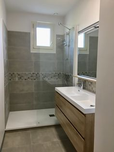 How to Finish Your Basement and Basement Remodeling – House Remodel HQ Stone Bathroom, Modern Bathroom, Small Bathroom, Bathroom Remodel Cost, Shower Remodel, Wc Design, House Design, Scandinavian Baths, Bedroom Vintage