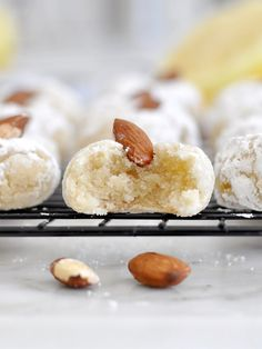 Cooking with Manuela: Italian Almond Cookies - Pasticcini alle Mandorle Italian Almond Cookies, Italian Cookie Recipes, Baking Recipes, Easy Recipes, Italian Foods, Baking Ideas, Amaretti Cookies, Biscotti Cookies, Most Popular Recipes