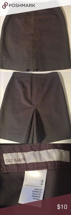 """Nice Basic Gray Skirt with pleat in back In great condition a nice basic gray skirt with pleading in the back from Old Navy size 2 great condition it looks more gray to me with a hint of green I would say please look at my closet I have many items I am listing due to domestic violence we are now homeless we risk losing all of our possessions thankyou please spread the word 19""""L this skirt can be worn dressy or casual and with any type of blouse tank top tube top T-shirt dressy blouse sweater…"""