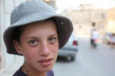 Kilis'teki Suriyeli çocuklar  OKU, YORUMLA ve PAYLAŞ ==> http://www.yakamozyakut.com.tr/kilisteki-suriyeli-cocuklar-resimleri,2148.html  Güncel haber & Kültür sanat www.yakamozyakut.com.tr