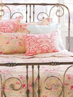 Antique Bed with Country Quilt Bedding home pretty bed country pastel antique decorate quilt bedding  Visit & Like our Facebook page! https://www.facebook.com/pages/Rustic-Farmhouse-Decor/636679889706127
