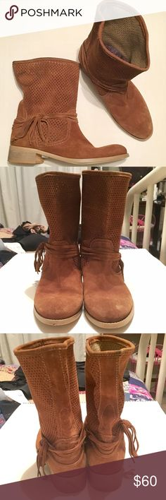 Alpe suede boots These boots are in great condition, beautiful suede with tassels Alpe shoes Shoes Heeled Boots
