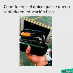 Read from the story La Foka by with reads. Funny Spanish Memes, Spanish Humor, Funny Jokes, Best Memes, Haha, Funny Pictures, Random, Foto Meme, Wattpad