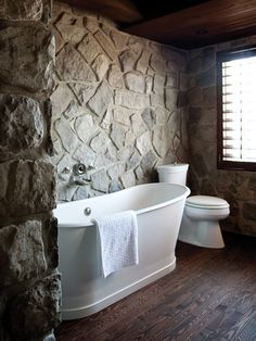 This is the tub I want! Yes, I agree, it would be so relaxing to submerge in this!