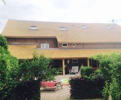 Prachtige #boerderij met mooie #veranda #riet #rietendak #rietdekker #morrenrietdekkersbedrijf