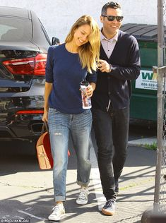 Jessica Alba's husband opens the car door for her as they run errands #dailymail