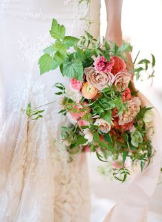 Photography : Jose Villa Photography | Floral Design : Kelly Kaufman | Styling…