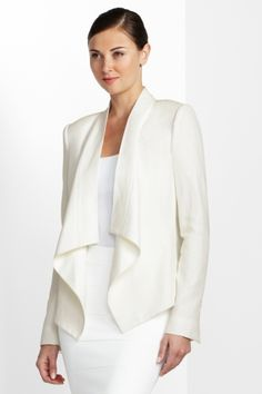 Love the perfect combination of tailoring and slouchy comfort in this jacket.