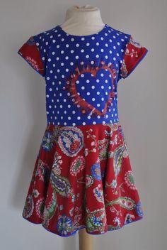 Combinatie van verschillende tricots. Hart gemaakt met sjabloon en textielverf