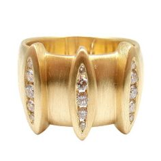 ** Elizabeth Rand Diamond Yellow Gold Ring