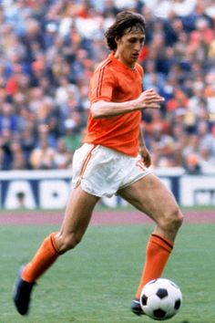 Johan Cruijff • Football