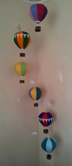 Super ideas baby nursery diy decor hot air balloon - Decoration For Home Diy Nursery Decor, Baby Nursery Art, Nursery Mobiles, Baby Decor, Baby Mobiles, Balloon Crafts, Balloon Decorations, Crib Decoration, Diy Hot Air Balloons