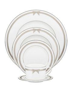 Maison   Collections de Vaisselle   Service de table 5 pièces grace avenue   La Baie D'Hudson