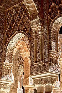 The Alhambra Castle, Granada. Spain The Alhambra Castle, Granada. Architecture Antique, Islamic Architecture, Beautiful Architecture, Beautiful Buildings, Art And Architecture, Architecture Details, Beautiful Places, Chinese Architecture, Futuristic Architecture