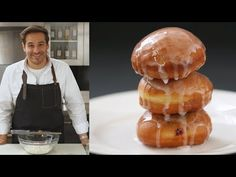 Thomas Joseph shares tips and techniques for making jelly-filled doughnuts that might just be better than your neighborhood doughnut shop. Get the recipe: ht. Yummy Treats, Delicious Desserts, Dessert Recipes, Yummy Food, Yeast Donuts, Doughnuts, Beignets, How To Make Jelly, Making Jelly