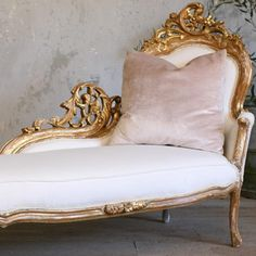 """Vintage Shabby Chic Gilt Rococo French Style Chaise - Men may find """"Tantric"""" non-ejaculatory oral stimulation more pleasant while reclining on a daybed or chaise - BOSTOCK French Furniture, Shabby Chic Furniture, Antique Furniture, Classic Furniture, Fainting Couch, French Decor, French Country Decorating, Deco Addict, Rococo Style"""