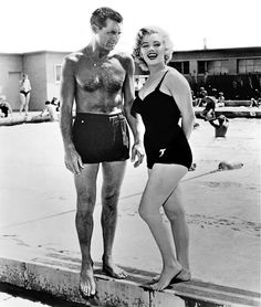 Photo of Marilyn Monroe and Cary Grant (Monkey Business). for fans of Marilyn Monroe 30593446 Viejo Hollywood, Hollywood Icons, Golden Age Of Hollywood, Vintage Hollywood, Hollywood Glamour, Hollywood Stars, Classic Hollywood, Hollywood Lights, Planet Hollywood