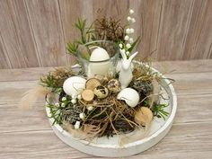 Osterdeko Tischgesteck Ostern Osterkranz Osterei – Keep up with the times. Easter Table Decorations, Valentines Day Decorations, Hoppy Easter, Easter Eggs, Easter Flower Arrangements, Deco Floral, Valentine's Day Diy, Easter Wreaths, Faux Flowers