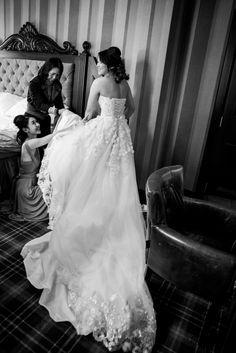 Bridal Prep Long Train Wedding Dress Chinese Bride
