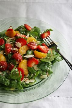 spinach strawberry salad...always a yummy summer salad