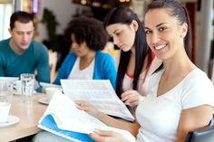 Alumni-Programme können ein mächtiger Baustein im eigenen Business-Netzwerk sein. Warum nur werden sie von vielen Akademikern nicht genutzt? Was Sie wissen müssen, um von Alumni-Netzwerken zu profitieren:  http://karrierebibel.de/alumni-programm-die-besten-strategien-fur-studierende/