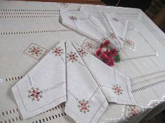 Set of linen embroidered tablecloth & 6 napkins Marsalahand