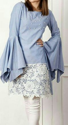 Inspiration photo: adding lace to a skirt or dress Stylish Dress Designs, Stylish Dresses, Simple Dresses, Casual Dresses, Fashion Dresses, Kurti Sleeves Design, Sleeves Designs For Dresses, Pakistani Dresses Casual, Pakistani Dress Design