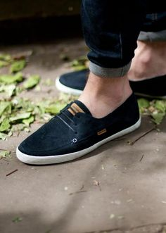 Supremebeing Dot Fasion, Loafers Men, Oxford Shoes, Dress Shoes, Vans, Footwear, My Style, Sneakers, How To Wear