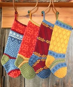 adorable colorful knit stockings~Here comes Santa Knitted Christmas Stockings, Knit Stockings, Knitted Christmas Stocking Patterns, Christmas Sewing, Christmas Knitting, Crochet Christmas, Knitting Projects, Knitting Patterns, Crochet Patterns