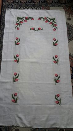 Cross Stitching, Cross Stitch Embroidery, Palestinian Embroidery, Teachers Pet, Bargello, Cross Stitch Designs, Hobbies And Crafts, Elsa, Free Pattern