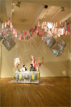 Hanging Decorations by Confetti System