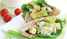 Buy ready-roasted chicken breast from Pick n Pay delis. pita = 1 of your Home Recipes, Baking Recipes, Healthy Recipes, Healthy Food, Panini Sandwiches, Roasted Chicken Breast, Recipe Search, Delicious Desserts, Chicken Recipes