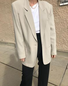 Best Style of Clothes For Body Type - Fashion Trends Look Fashion, Autumn Fashion, Fashion Outfits, Womens Fashion, Fashion Trends, Her Style, Cool Style, Look Office, Business Outfit